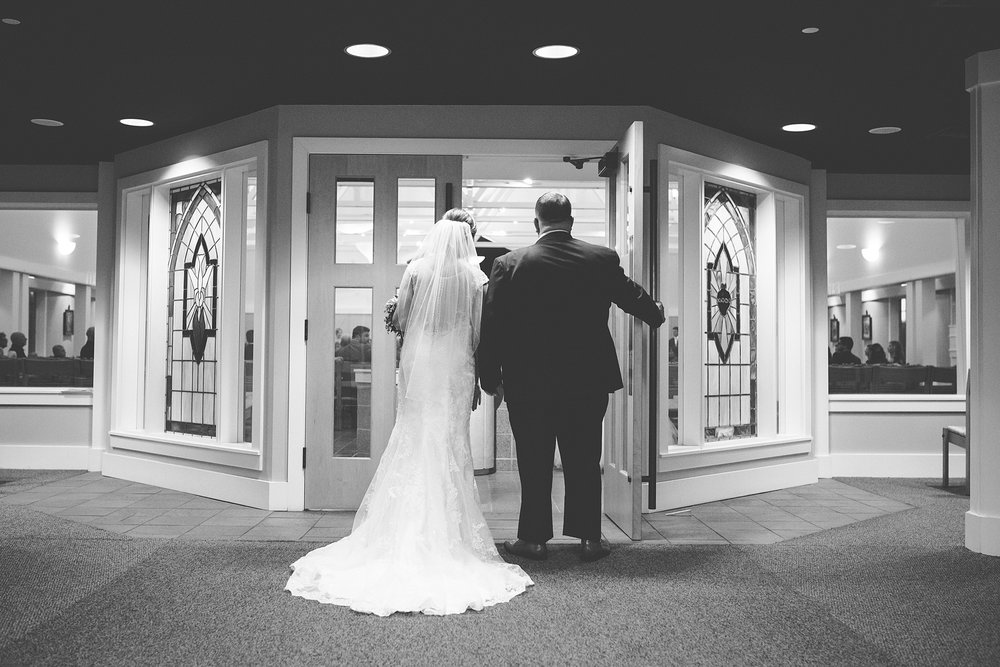 Brandon_Shafer_Photography_Emily_Steve_Bay_Pointe_GunLake_Wedding_0019.jpg