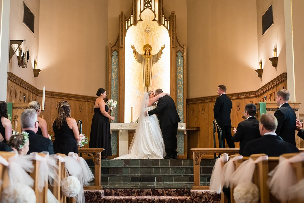 Brandon_Shafer_Photography_Brad_Sarah_Downtown_Grand_Rapids_Wedding_0034.jpg