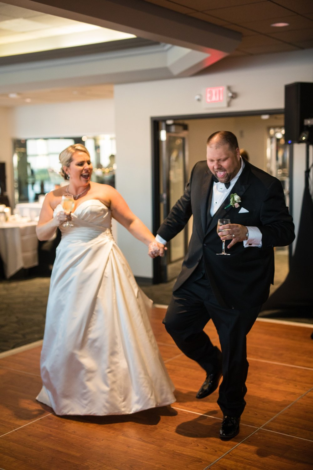 Brandon_Shafer_Photography_Brad_Sarah_Downtown_Grand_Rapids_Wedding_0053.jpg