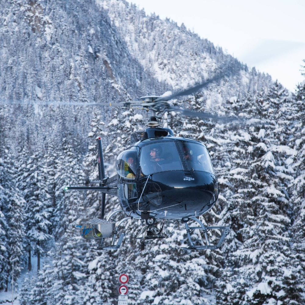 HELI SKIFROM LONDON -