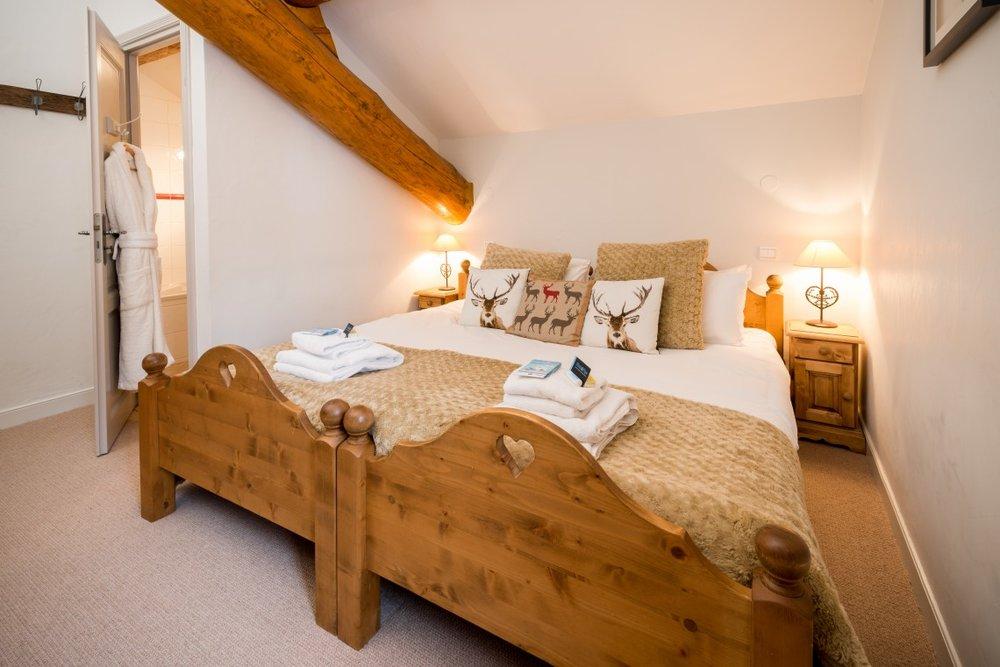 bedroom_1-1140x760.jpg