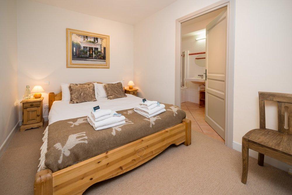 bedroom_3-1140x760.jpg