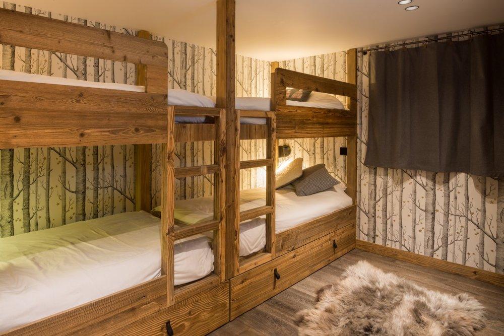 bunk_room-1140x760.jpg