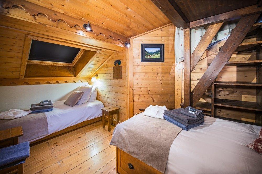 bedroom_mezzanine-1140x760.jpg