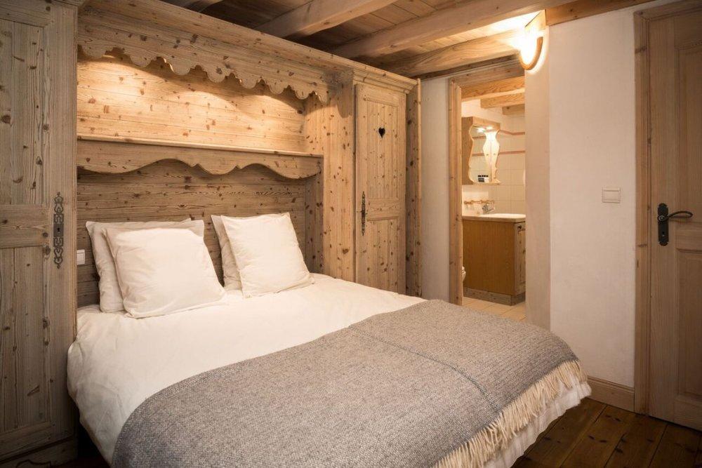 Bedroom-1-full-size-1140x760.jpg
