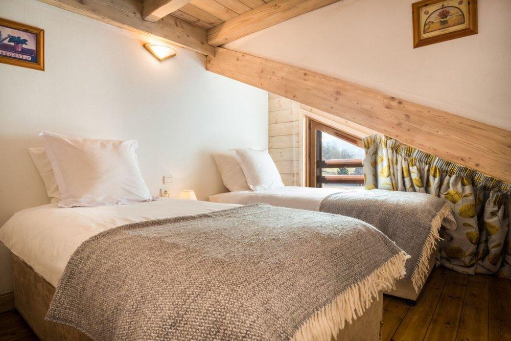 Bedroom-2-1-1140x760.jpg