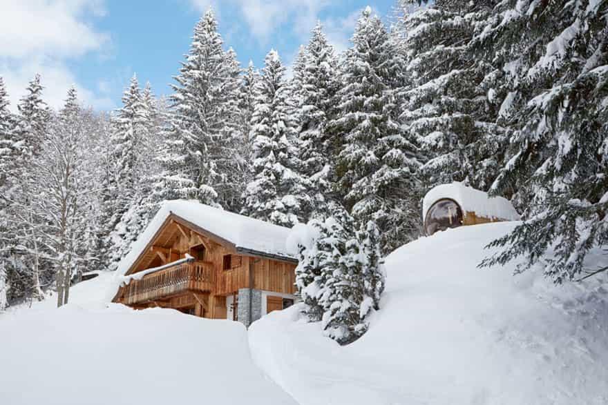 snowy-chalet-in-chamonix.jpg