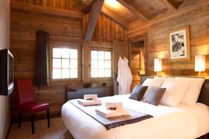 master-bedroom-chamonix-ski.jpg