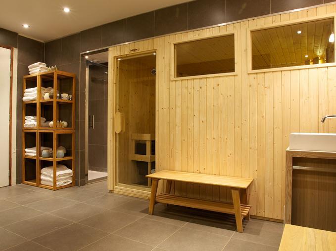 les-rives-d-argentiere-chalet-granit-chamonix-sauna.jpg