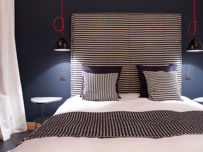 les-rives-d-argentiere-chalet-cristal-master-bedroom-1.jpg
