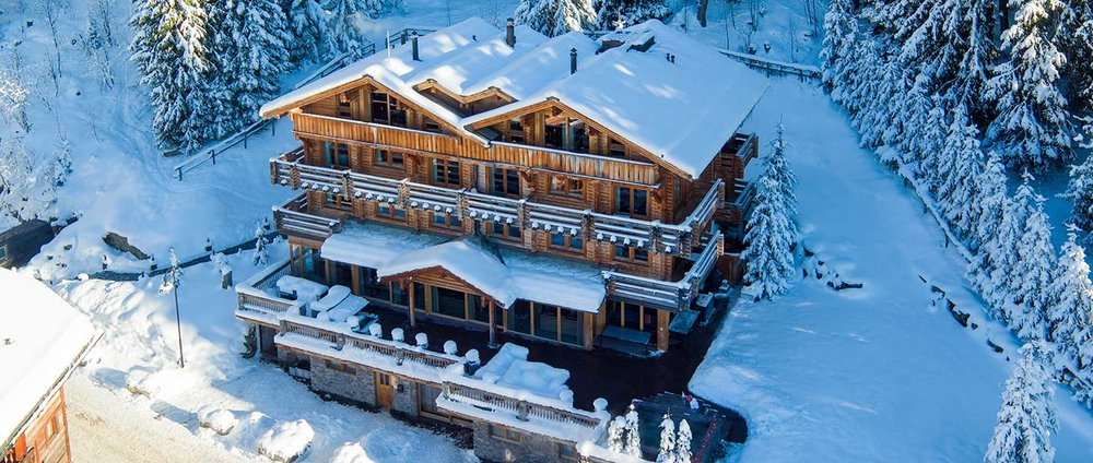 28-the-lodge-winter-exterior.jpg