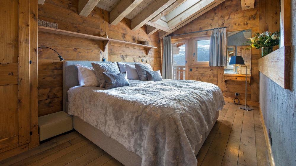 Pierre_Avoi_-_Bedroom_1_1.jpg