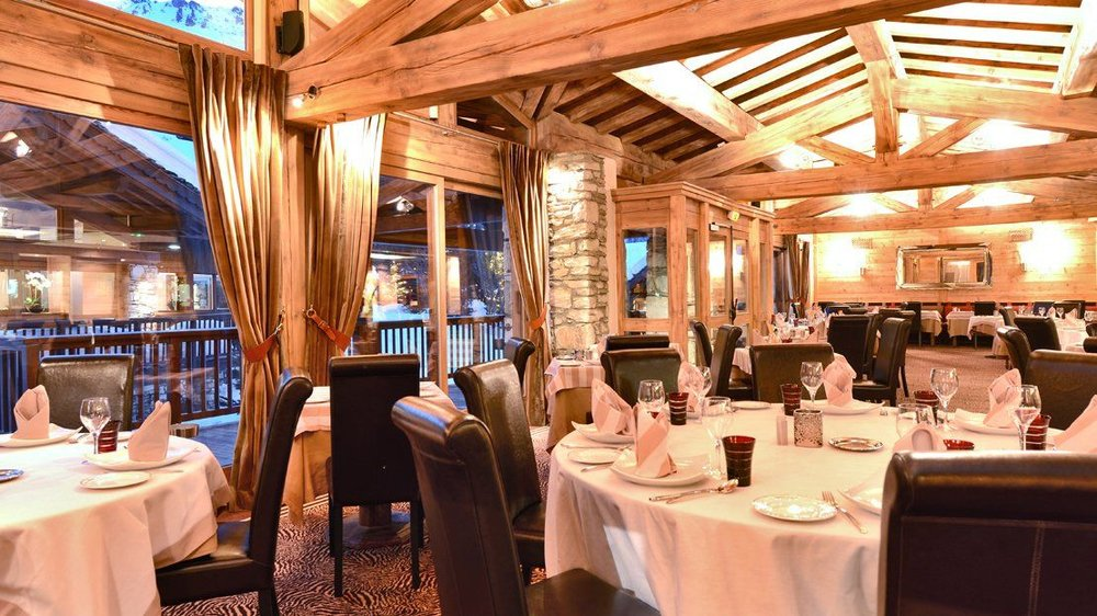 le-tsanteleina-hotel-val-d-isere-restaurant.jpg