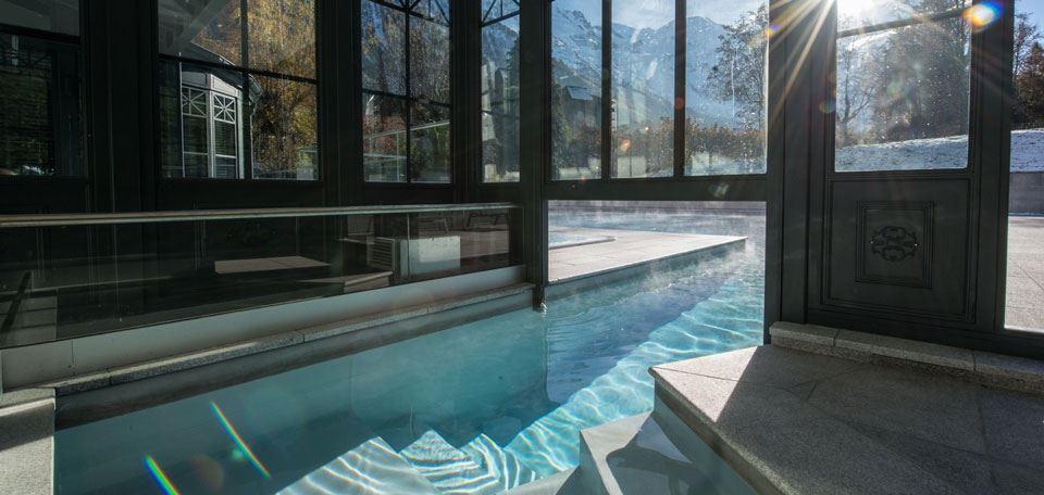 9798242swimming-pool_1.jpg
