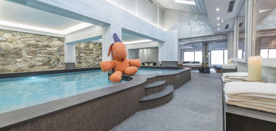 piscine_interieure_-1.jpg
