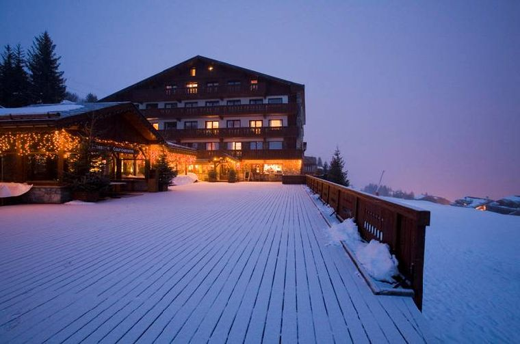 Courchevel_2010_Hotel_Courceneige_ext3_large.jpg