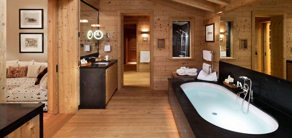 suite-bath (1).jpg