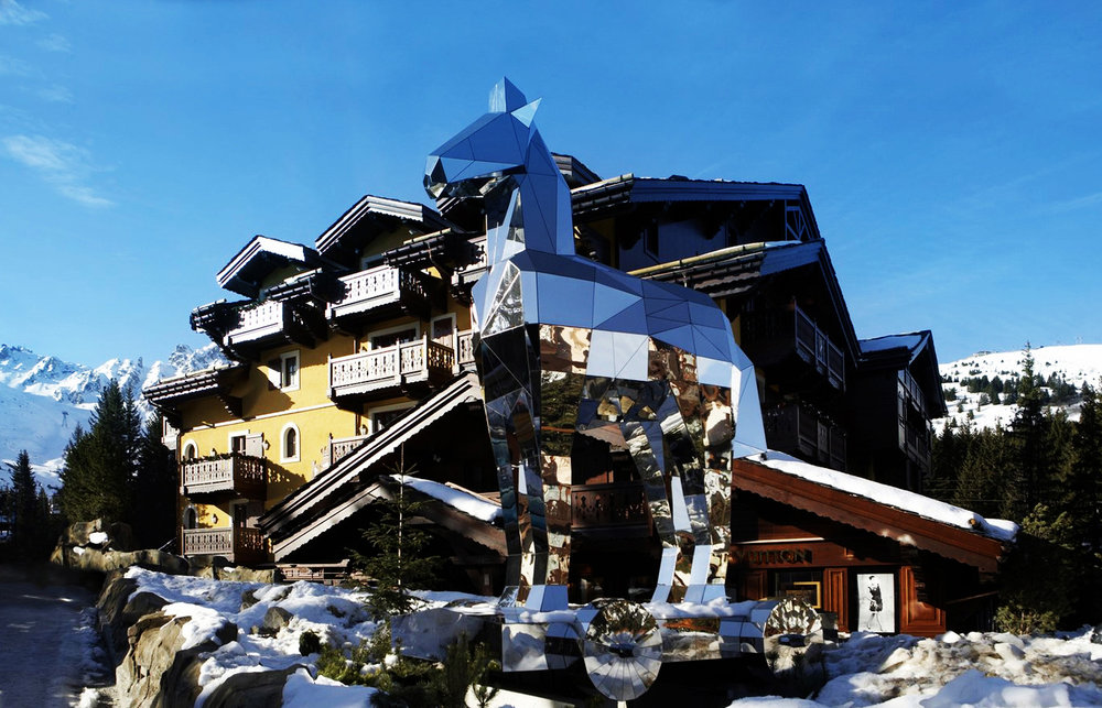 1-cheval-blanc-courchevel-fac-ade-cheval-blanc-courchevel-outdoor-t-malty.jpg