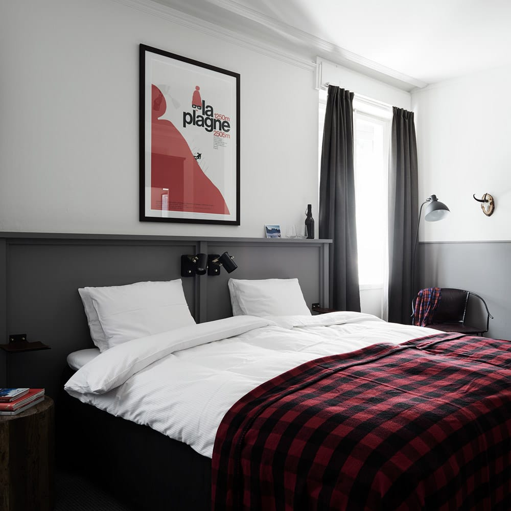 room01-1000x1000.jpg