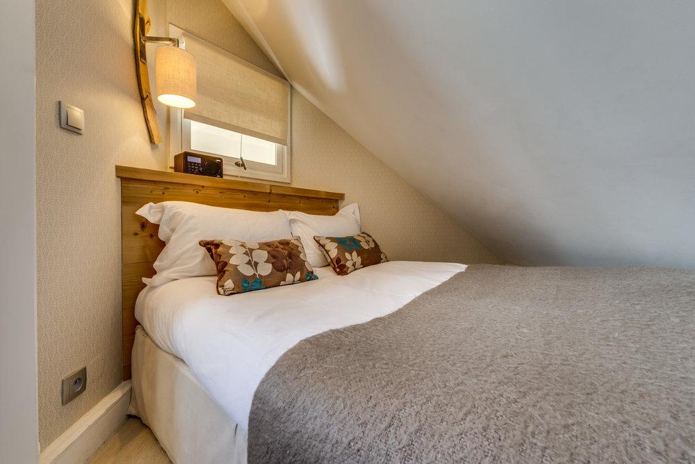 20. Third bedroom (1).jpg