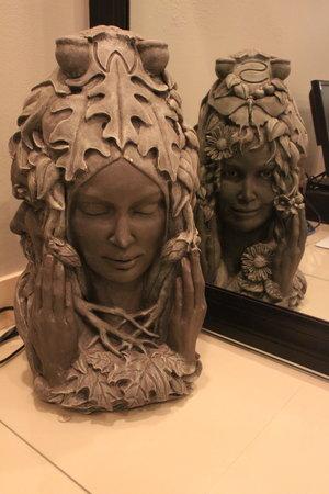 Grey Face Statue - $50