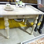 table-whitewood.JPG