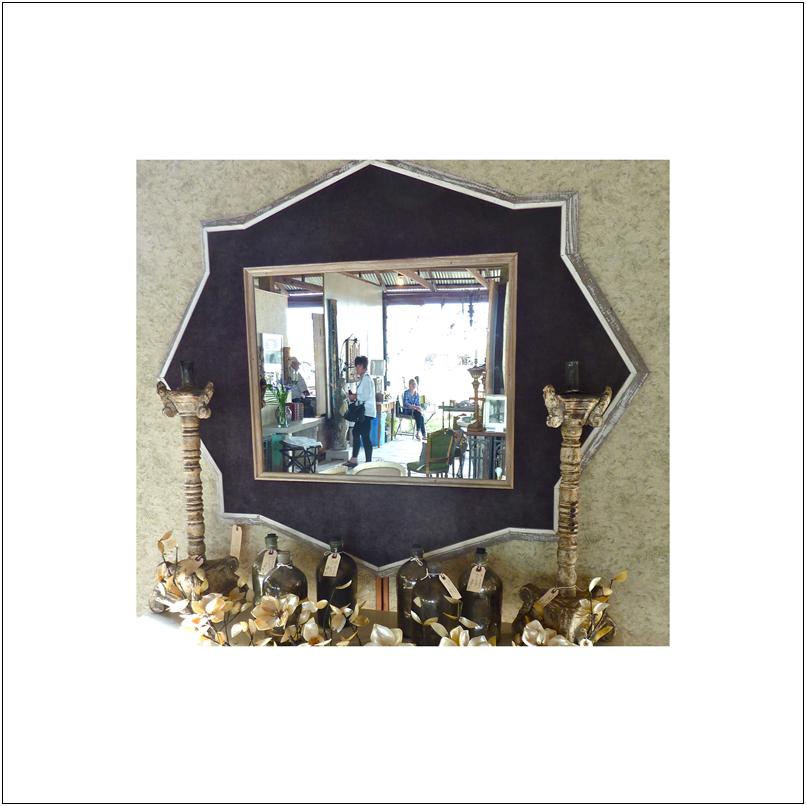 mirror-velve b.jpg