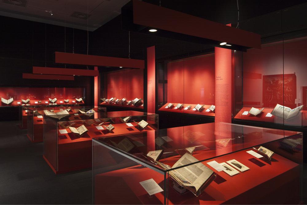 Royal Manuscripts British Library3.jpg