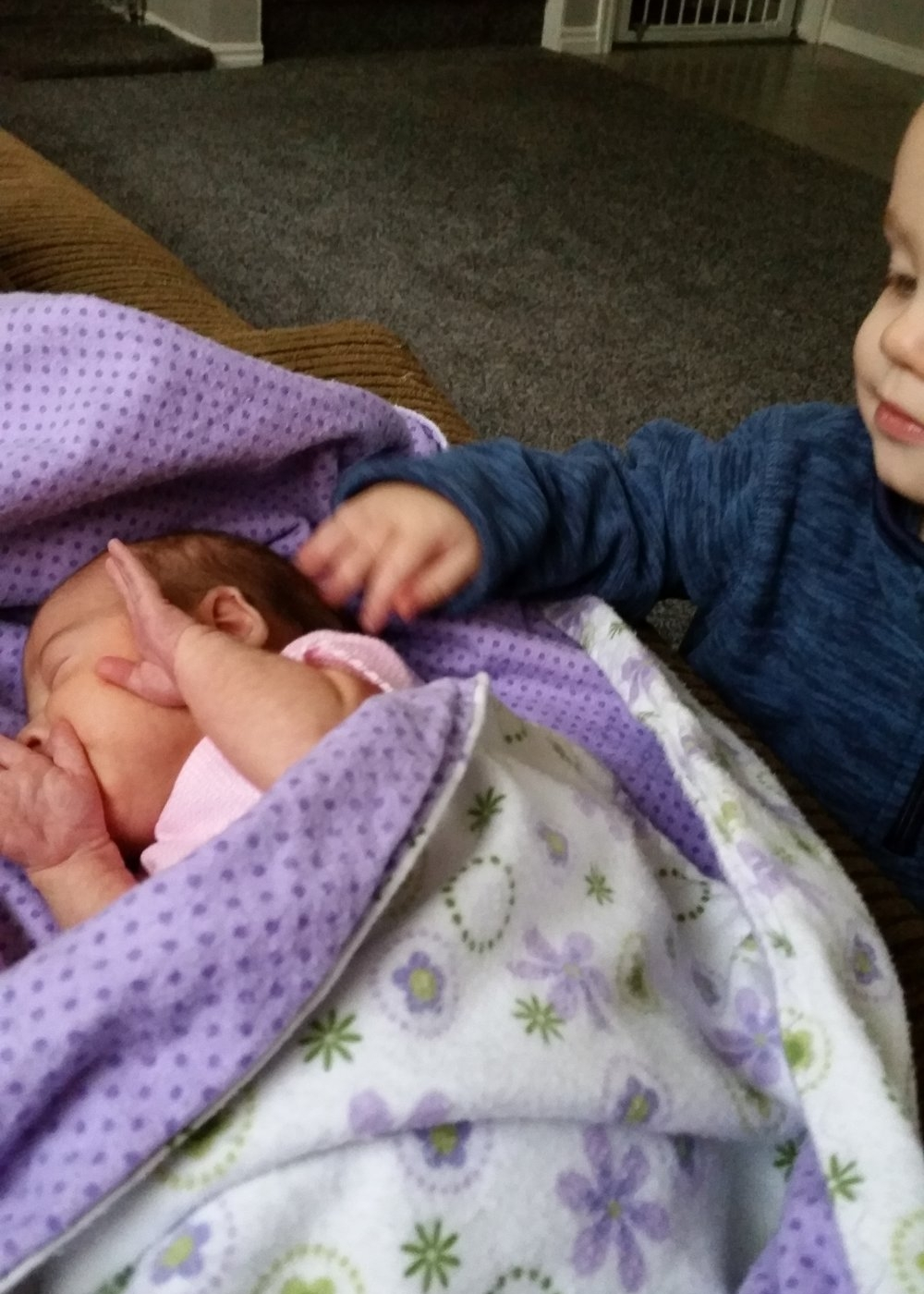 prepare older sibling for new baby