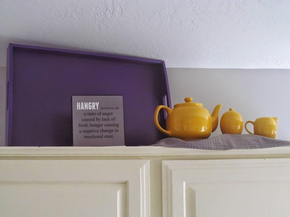 bright kitchen decor
