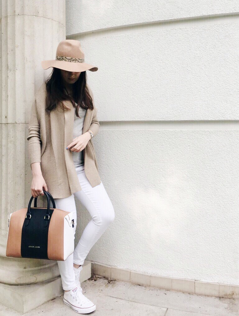 Wearing: Zara cardigan / Hugo Boss top / Topshop trousers & hat / Armani Jeans bag / DKNY watch / Ray-Ban sunglasses / Converse sneakers
