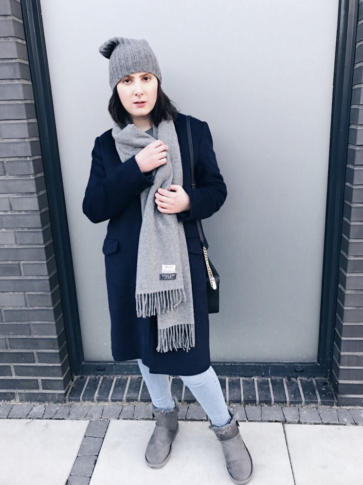 Wearing: Levi's coat / Tommy X Gigi sweatshirt / Topshop jeans / Acne Studios scarf / Sonya Hopkins Sydney beanie / Daniel Wellington watch / Michael Kors bag / UGG boots