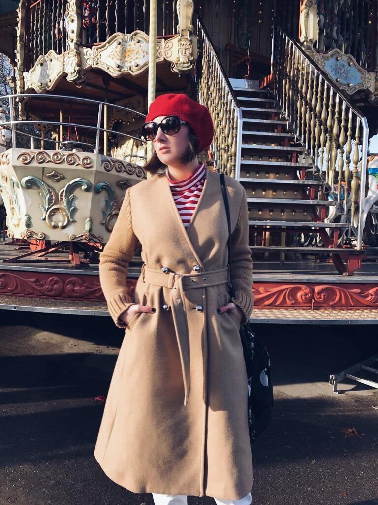 Wearing: Diesel coat / Karl Lagerfeld jeans / Moschino turtleneck / Fendi sunglasses / Zara beret / Zign boots / Kate Spade bag / Saint  Laurent scarf