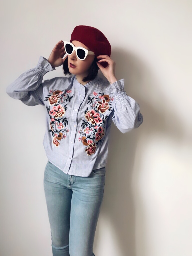 Wearing: Zara shirt & beret / Citizens of Humanity jeans / Monokel Eyewear sunglasses / Aphrodite bracelet