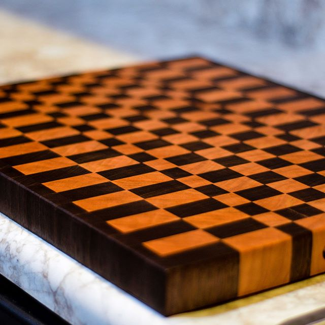 Sunday means everyone is showing off a week's worth of meal prep. Not pictured: all the cutting, chopping, and kitchen disasters. This end grain cutting board means your knives won't dull and your kitchen always looks good, which is just as important as having lunch ready for tomorrow. . . . . . . . . . . . #cuttingboard #shoplocalky #obky #handmade #kitchenessentials #owensboro #endgraincuttingboard #cuttingboard #walnut #cherry #mealprep #mealprepsunday #southernstyle #kitchendesign #handmade #woodworking #owensboro #kentucky #kentuckyproud