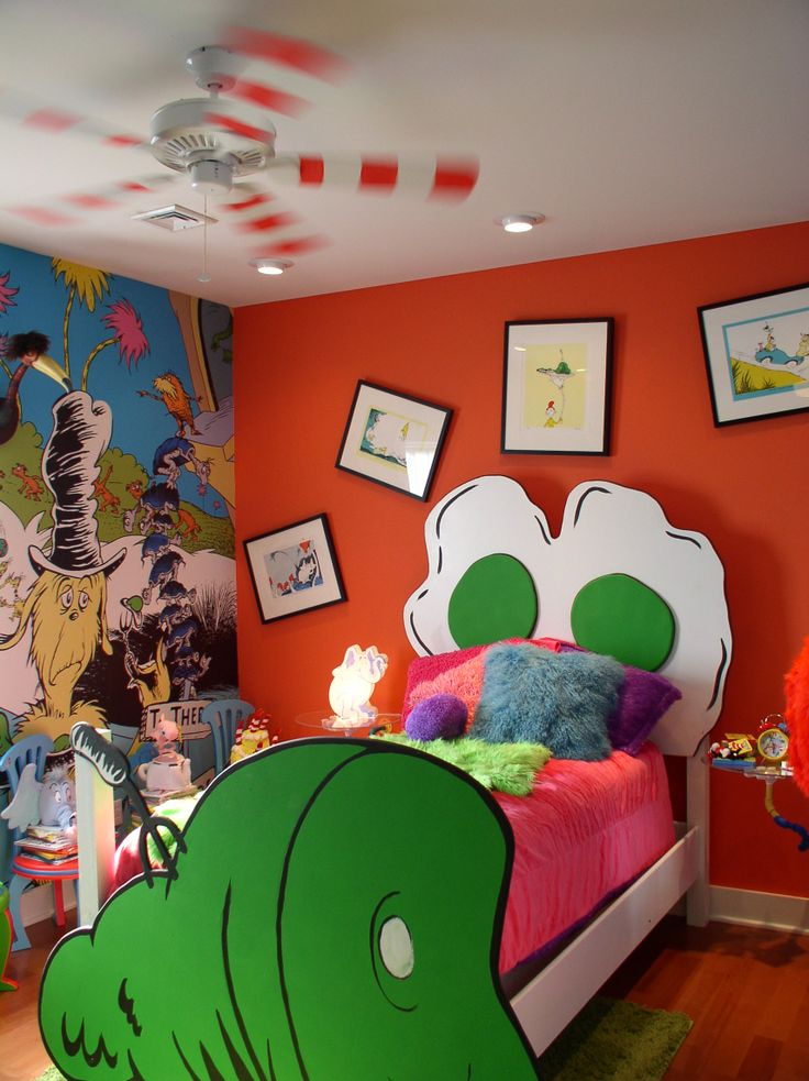 Seuss Baby Room.jpg