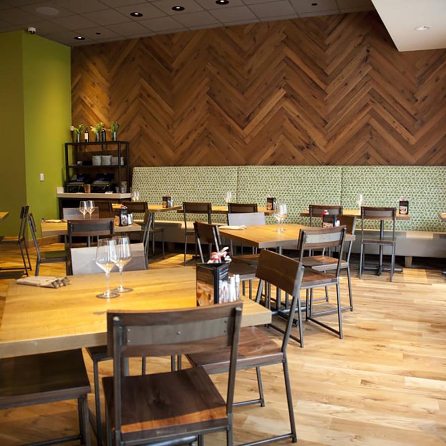 restaurant CanogaPark.jpg
