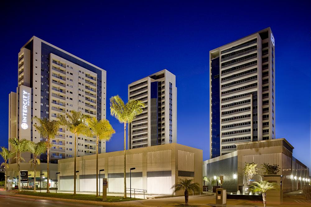 LED, Brasília