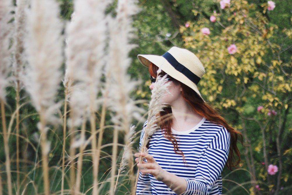 Girl, Pampas Grass, Hat