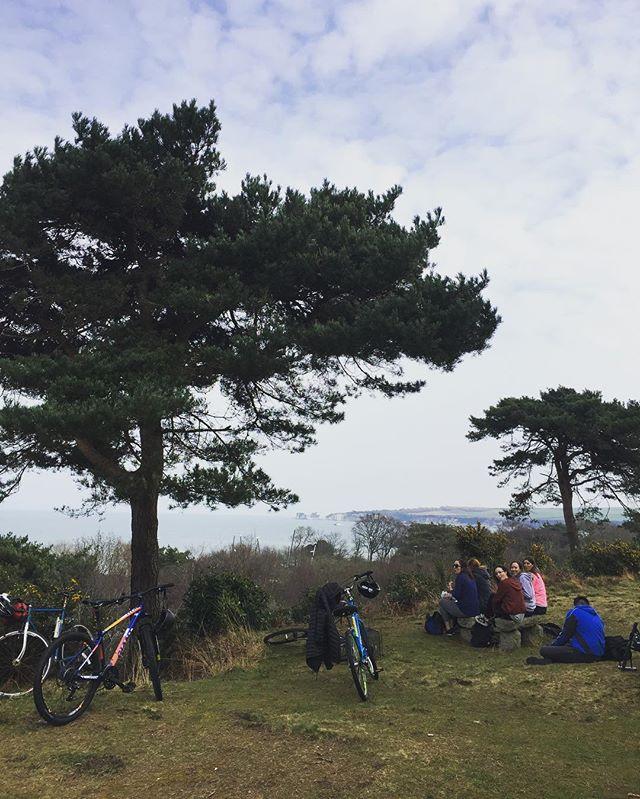 Spring is here, bring on those Sunday afternoon rides!  #oldharry #ridebournemouth #sundayfunday #getoutside #ridepurbeckpeaks
