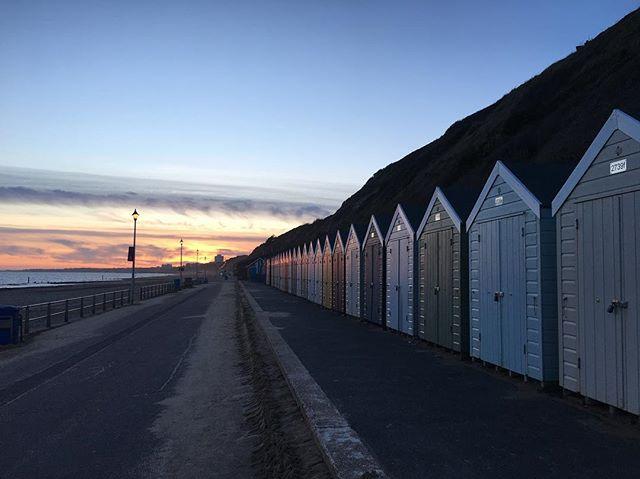 7 miles of beautiful, flat, traffic-free, beach promenade cycling! We are very lucky here in bournemouth! #bikeshop #bikerepair #bikehire #cycling #southcoast #bikeriding #bournemouth #bournemouthbeach #dorset #familyfun #beach #beachcruising #sunsetcycle #seaside