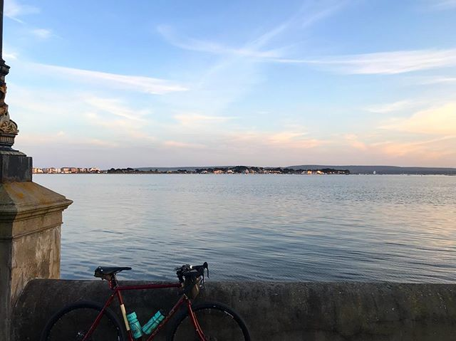 Poole harbour, golden hour. #bournemouth #pooleharbour #sandbanks #lovebournemouth #southcoast #cycling