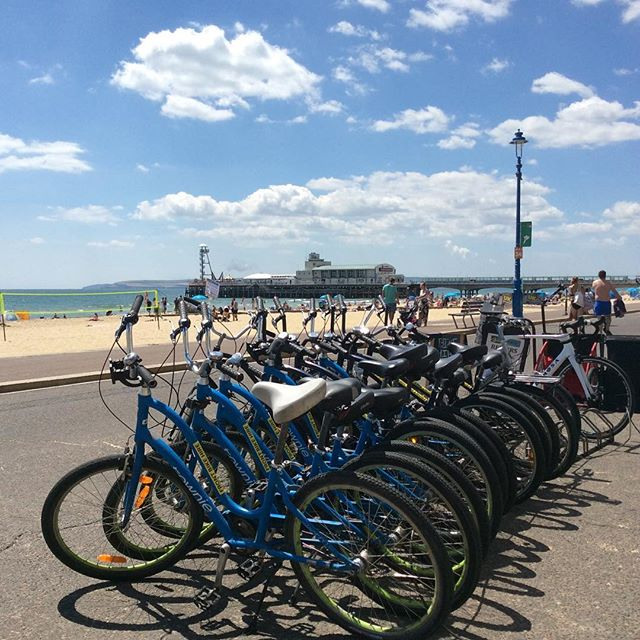 Cracking day down at Front Bike Hire today! Why not come and hire a bike starting from just £6.  #cruising #bournemouthbeach #cycling #heatwave