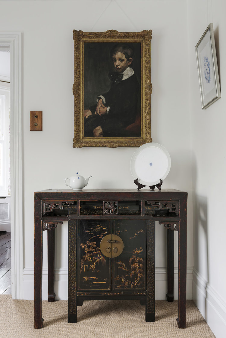 A painting by Arthur Navez, with Chinese furniture and modern Korean porcelain.