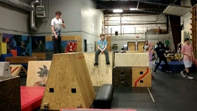 Wow we have been busy and so have our students and Members! Here is Dalaina getting her first kong over Juggernaut, a beautiful flowy line by @flamango_tangoo and several other moments from Revolution Parkour Gresham recently. Stop by to train, learn and play with us! #rvpkgresham #dangerroom #parkourkids #parkourmunity #calisthenics #handstand #parkour #freerunning #flow #womensworkshop #movementismedicine #startthemyoung
