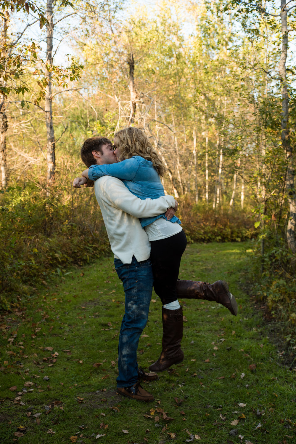 Riverbend Farm engagement photos in Uxbridge, MA photographed by Kara Emiy Krantz Photography