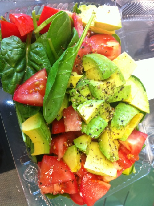 Sassy     Appétit        Simple and clean avocado, tomato & spinach salad with salt & pepper. What's in your lunch?
