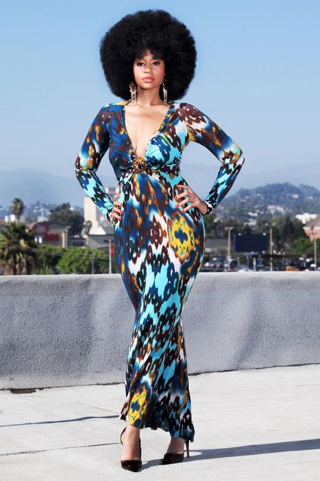 Sassy Style    Sassy curves love prints .      Doin it with class, cause we've got a lot of sass. Join Sassy Nation!     Tumblr      FB TheSassyNation     @SassyNation     Pinterest