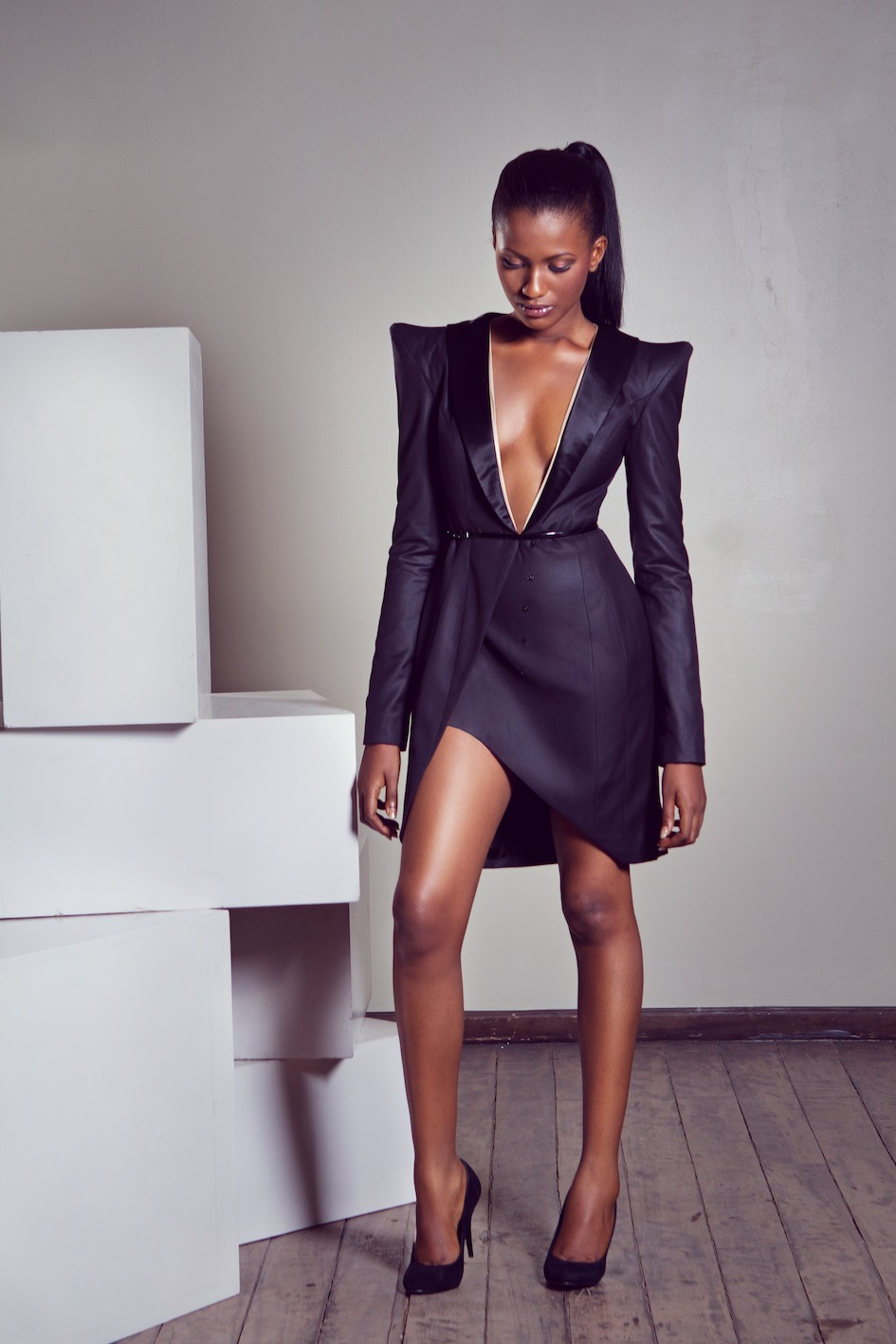 Sassy Style    Sexy & Sophisticated.    via blackandkillingit :     Black Girls Killing It  Shop BGKI NOW              Killin' the game, join Sassy Nation     http://sassynation.tumblr.com     http://www.facebook.com/TheSassyNation     http://twitter.com/#!/SassyNation