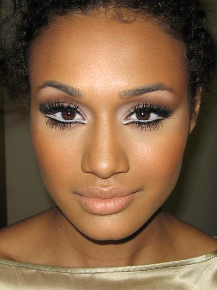 Bella Sassy       Model, Mercedes Scelba-Shorte  is giving great face with nude lips and eyes that pop. We ♥ her sassy makeup.    photo via modelsofcolor     Keep up with the daily sass, join Sassy Nation     http://sassynation.tumblr.com     http://www.facebook.com/TheSassyNation     http://twitter.com/#!/SassyNation